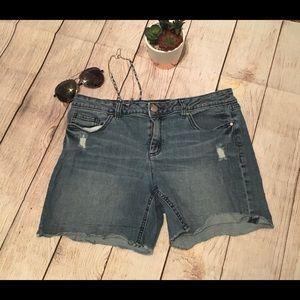 LC Lauren Conrad raw frayed hem denim jean shorts